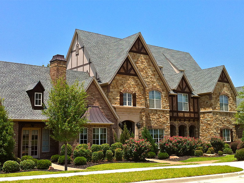 Old Style Luxury House For Sale